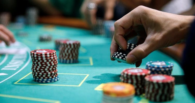 Sensible Methods To show Your Viewers About Online Casino