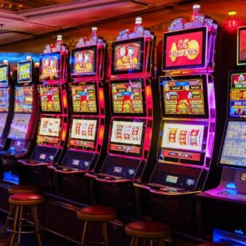 You're Welcome Listed Below Are Eight Noteworthy Tips About Online Casino